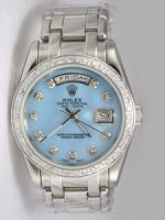 Réplique Rolex Day Date Azure Dial With Shaped Hour Marke